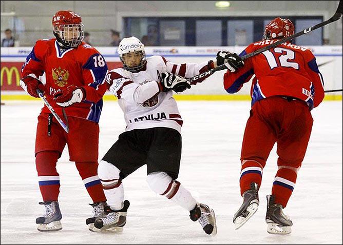 14.04.2010. Чемпионат мира U-18. Россия - Латвия - 9:0. Фото 04.