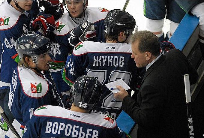 Михаил Варнаков во время матча