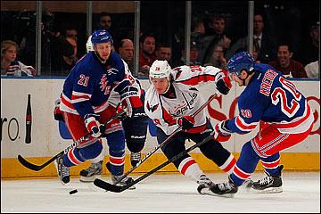 "13 мая 2012 года. Нью-Йорк. Плей-офф НХЛ. 1/4 финала. ""Нью-Йорк Рейнджерс"" — ""Вашингтон Кэпиталз"" — 2:1"