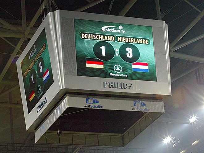 Голландские футболисты могут играть только за сборную Нидерландов