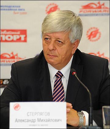 Александр Стерлягов