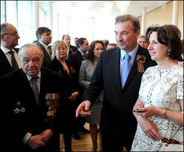 Сборная на приёме в посольстве России в Стокгольме. Владислав Третьяк