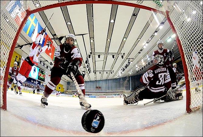 16.04.2010. Чемпионат мира U-18. Латвия - Чехия - 4:5. Фото 01.
