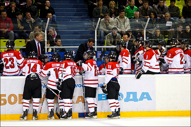 16.04.2010. Чемпионат мира U-18. США - Канада - 5:0. Фото 02.
