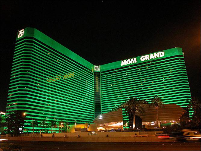 """У Пакьяо и Мозли на двоих десяток проведённых боёв в стенах отеля-казино """"MGM Grand"""". Пакмен провёл здесь 6 боёв, Шугар — 4."""