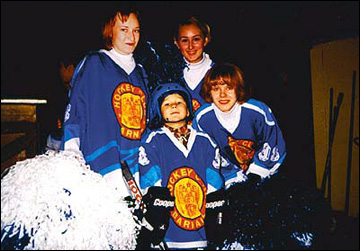 Егор Петухов в кругу семьи. Фото середины 2000-х годов