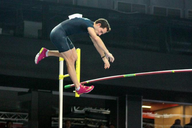 Рекордный прыжок Рено Лявильни