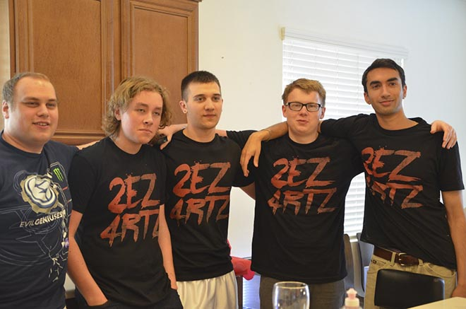 После победы на первом The Summit игроки Evil Geniuses одели футболки с надписью «2EZ4RTZ». В переводе сокращение означает «слишком легко для Arteezy»