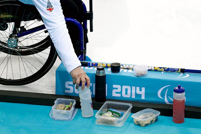Стандартный продуктовый набор члена сборной Великобритании по кёрлингу на колясках