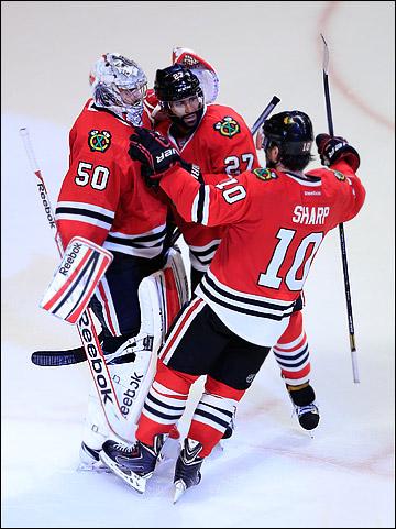 """2 июня 2013 года. Чикаго. Плей-офф НХЛ. 1/2 финала. Матч № 1. """"Чикаго"""" — """"Лос-Анджелес"""" — 2:1."""