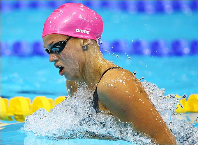 Юлия Ефимова наплывает на бронзовый финиш