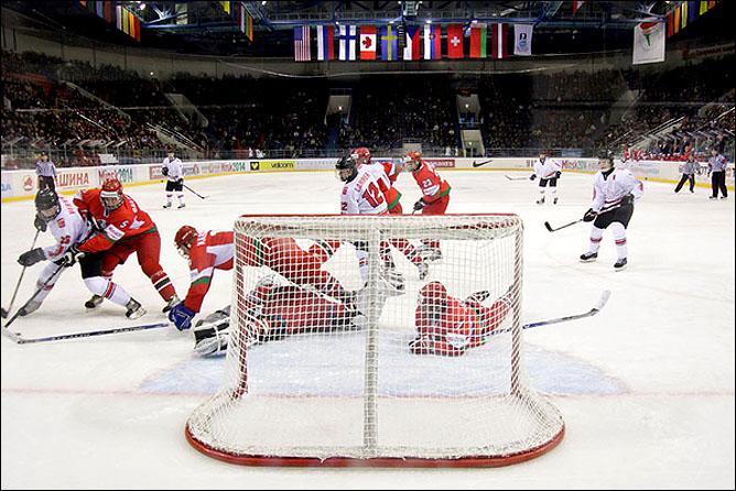 17.04.2010. Чемпионат мира U-18. Белоруссия - Швейцария - 2:3. Фото 01.