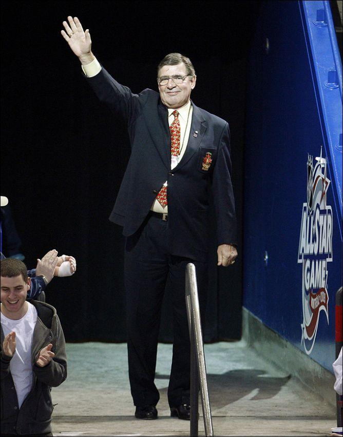 25 января 2009 года. Серж Савар - почетный гость на Матче Всех Звезд НХЛ.