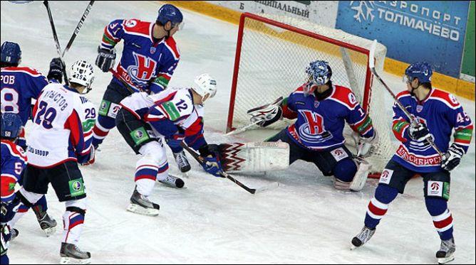 """""""Сибирь""""-2009/10 и """"Сибирь""""-2010/11, как говорят в Одессе, две большие разницы."""