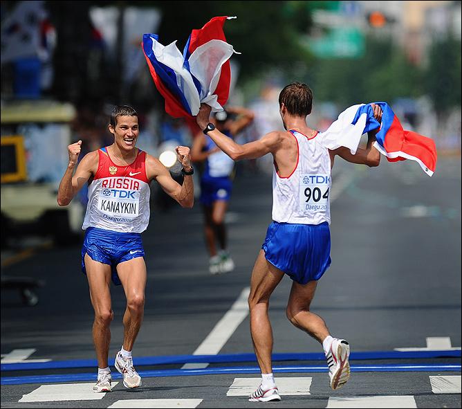 Борчин и Канайкин празднуют двойную победу