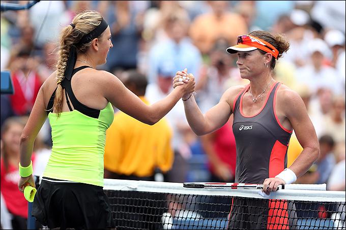 Виктория Азаренко одержала тяжёлую победу над Самантой Стосур