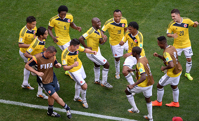 Танец колумбийской сборной