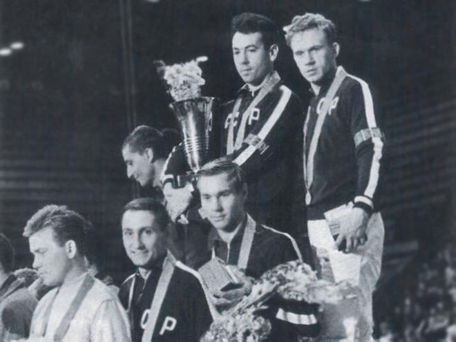 Золотая команда чемпионов
