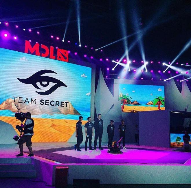 Team Secret на сцене MDL