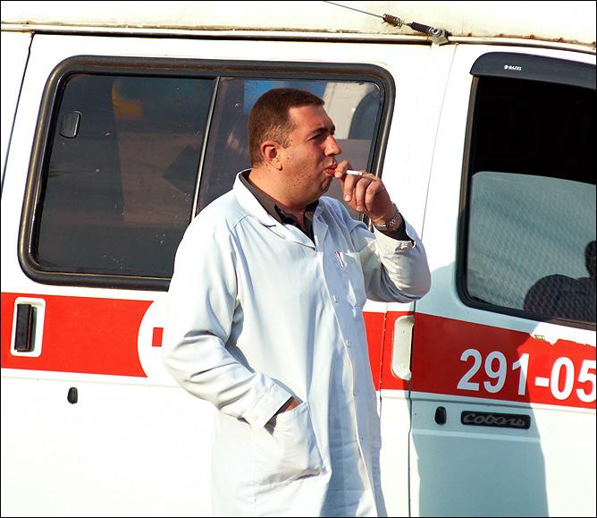 Курящий врач