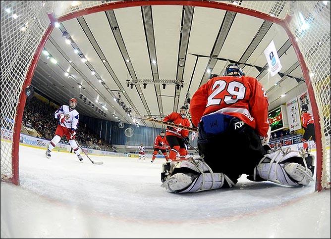 20.04.2010. Чемпионат мира U-18. Россия - Швейцария - 4:3. Фото 03.