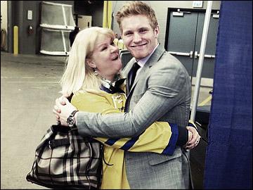 Габриэль Ландеског с мамой