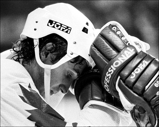 Топ-100 историй ИИХФ. История № 9. Кубок Канады-1981. 8:1. Фото 03.