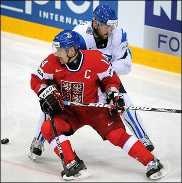 Томаш Плеканец против сборной Финляндии