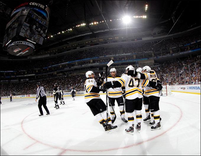 """4 июня 2013 года. Питтсбург. Плей-офф НХЛ. 1/2 финала. Матч № 2. """"Питтсбург"""" — """"Бостон"""" — 1:6. """"Энерджи-центр"""" в шоке"""
