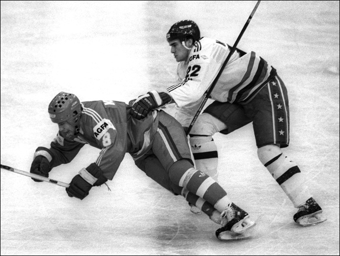 Хоккей. История чемпионатов мира. ЧМ-1991-1992. Фото 01.