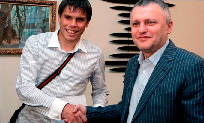 25 мая 2008 года. С Суркисом после подписания контракта