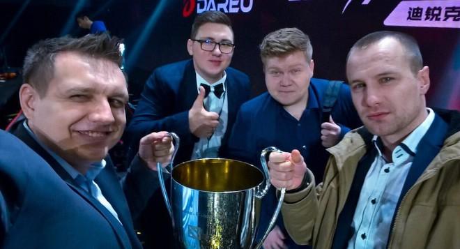 CaspeRRR, Feaver, BafiK и Droog с чемпионским кубком SL & i-League Season 3