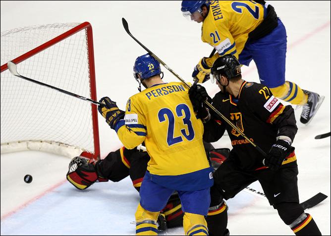 11 мая 2011 года. Братислава. Чемпионат мира. 1/4 финала. Швеция — Германия — 5:2