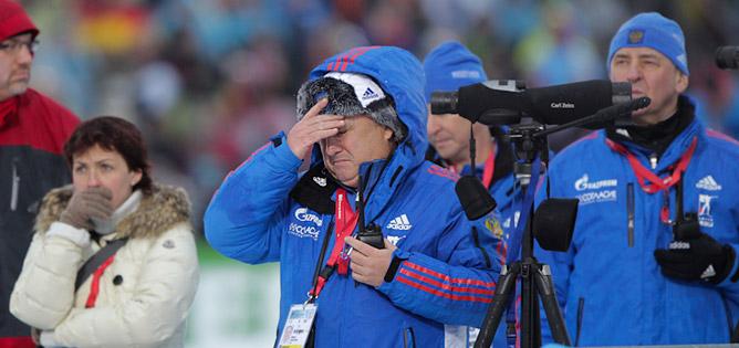 Реакция тренерского штаба сборной на стрельбу в эстафетной гонке.