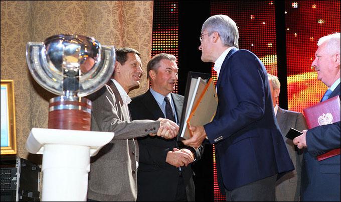 Владислав Третьяк привёз в Ульяновск кубок чемпионов мира