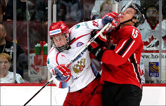 Против Максима Чудинова в суперсерии молодёжных сборных России и Канады