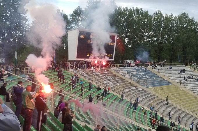"""Пустой сектор стадиона """"Украина"""""""
