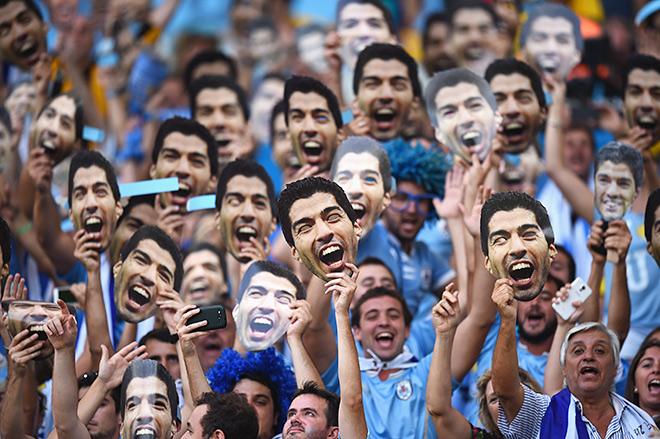 «Он здесь!» — отвечают им болельщики сборной Уругвая