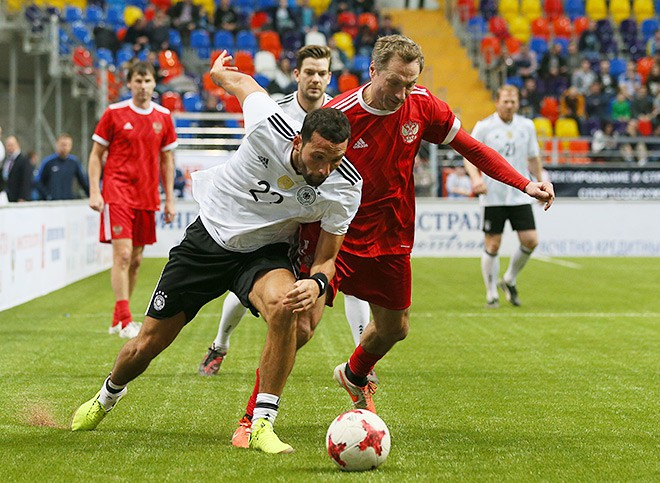 Кевин Кураньи против Дмитрия Хлестова