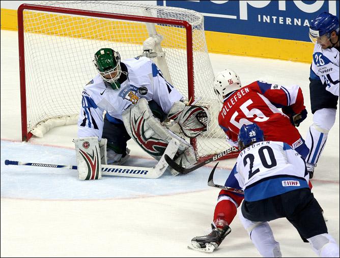 12 мая 2011 года. Братислава. Чемпионат мира. 1/4 финала. Финляндия — Норвегия — 4:1