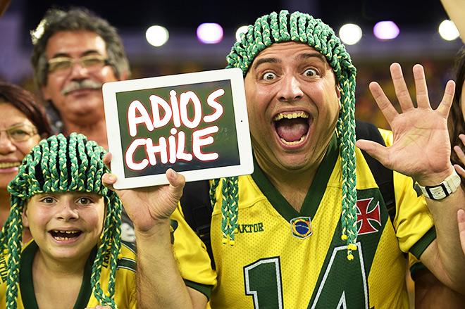 Этот болельщик сборной Бразилии уже стал звездой фоторепортажей