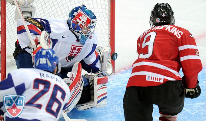 Райан Нюджент-Хопкинс против сборной Словакии