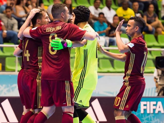 Сборная России по мини-футболу обыграла Таиланд на чемпионате мира-2016