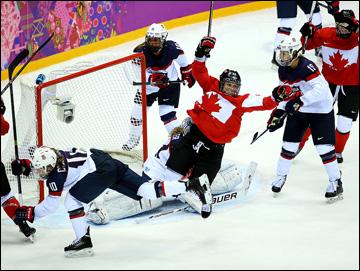 20 февраля 2014 года. Сочи. XXII зимние Олимпийские игры. Хоккей. Женшины. Финал. Канада — США — 3:2 (ОТ)