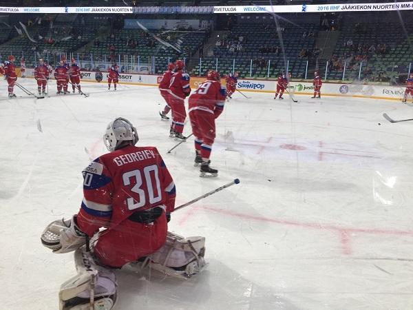 Раскатка перед матчем Россия — Дания