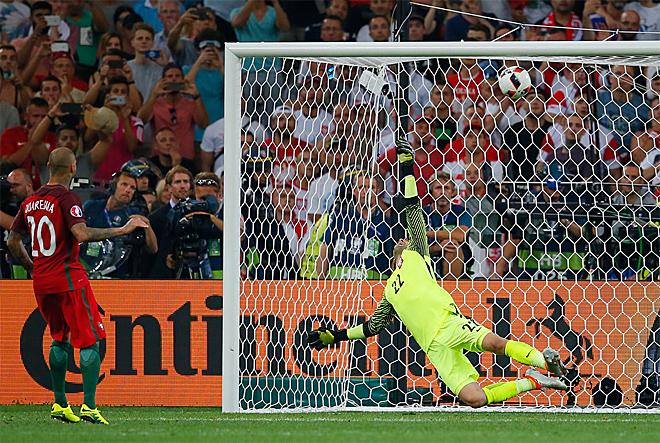 Польша — Португалия — 1:1. Пенальти — 3:5. Решающий пенальти Рикарду Куарежмы