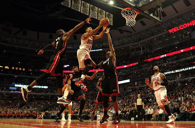 """НБА. Плей-офф. Восток. Финал. """"Чикаго Буллз"""" (1) vs """"Майами Хит"""" (2)"""