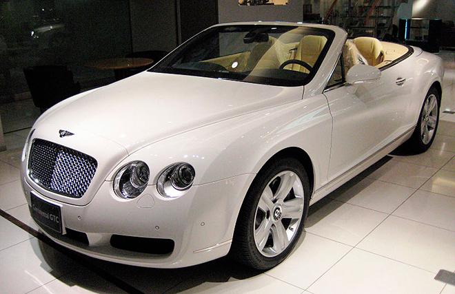 Bentley Continental GTC, от которой отказался Феликс Магат
