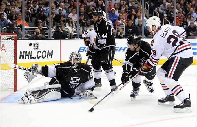 "5 июня 2013 года. Лос-Анджелес. Плей-офф НХЛ. 1/2 финала. Матч № 3. ""Лос-Анджелес"" — ""Чикаго"" — 3:1. Куик, тот самый Куик!"
