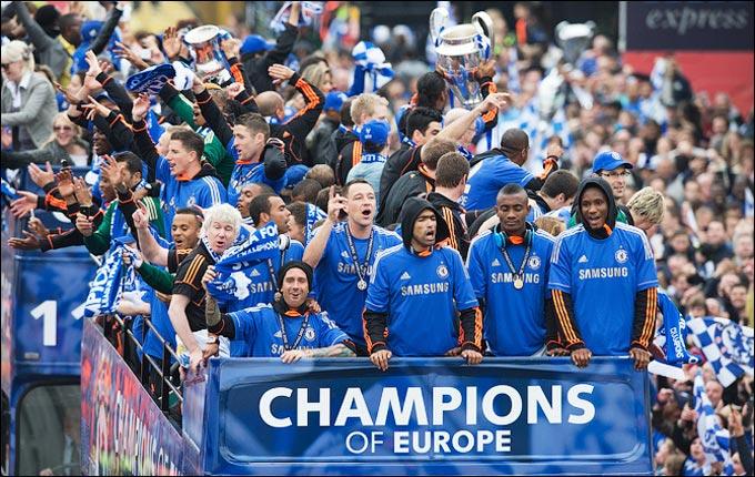"""Парад в Лондоне, посвящённый победе """"Челси"""" в ЛЧ"""